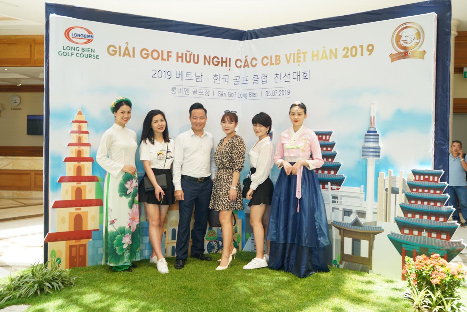 Thương hiệu ghế massage Tokuyo tài trợ giải Golf Việt Hàn 2019