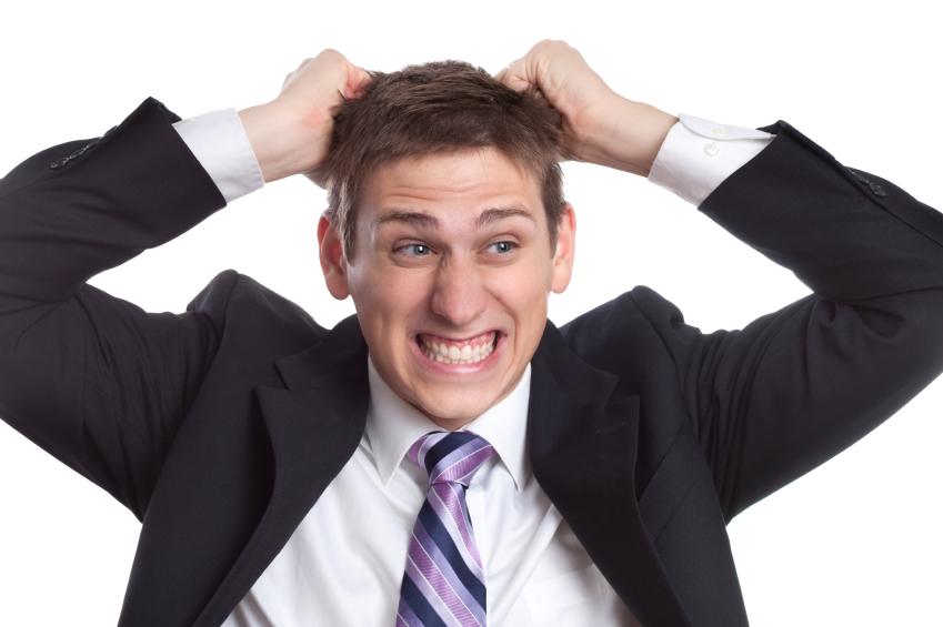 Triệu chứng đau nửa đầu là do nguyên nhân nào?