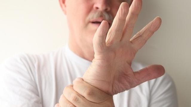 Liệu pháp massage có giúp điều trị chứng tê liệt không?