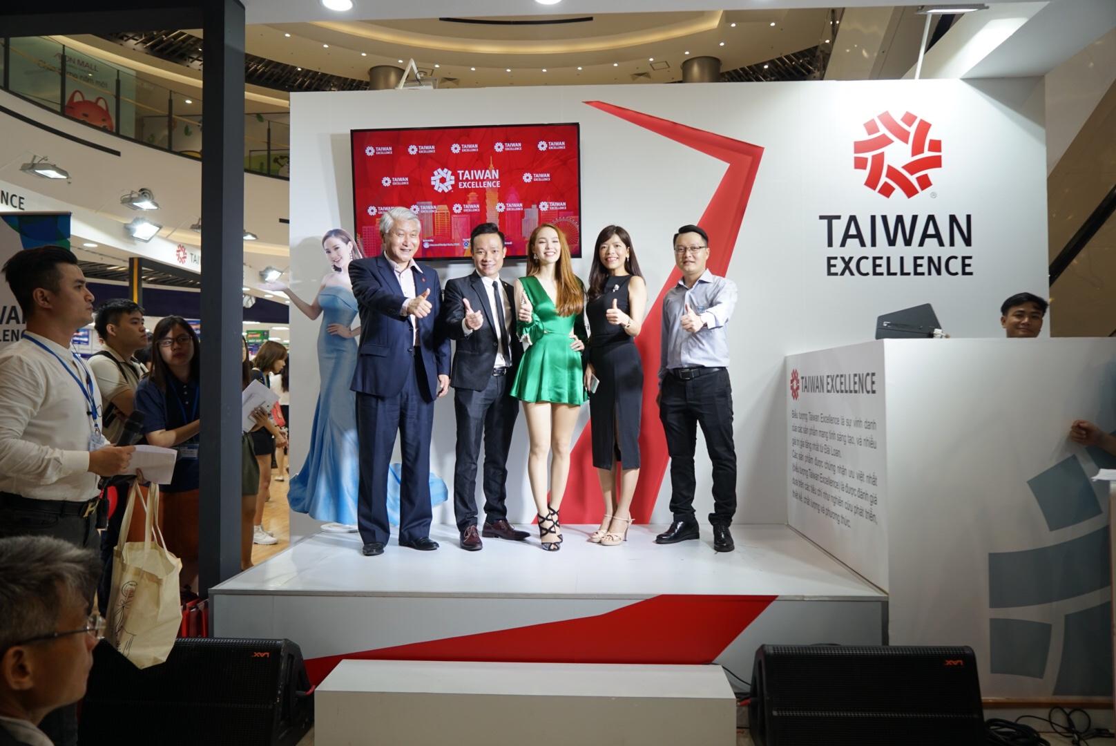 Tokuyo cùng chiến dịch Taiwan Excellence tại AE Mall Long Biên